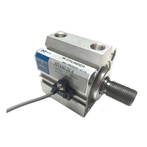 cilindro neumatico compacto sda con sensor